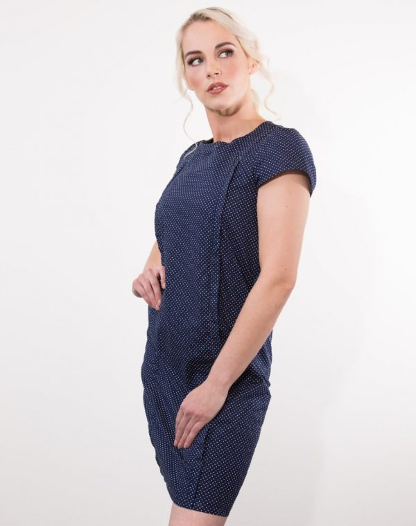 You would never know that June in Pearl is a breastfeeding dress. Perfect for a range of occasions, this dress is a must have for your breastfeeding wardrobe.